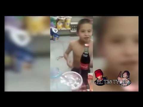 Niño bailando Lane Boy con el Marcianito y Tyler Joseph