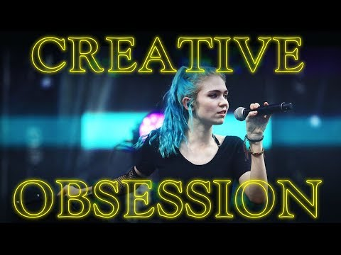 Download Grimes is Obsessed with Instinctive Self Expression Mp4 baru