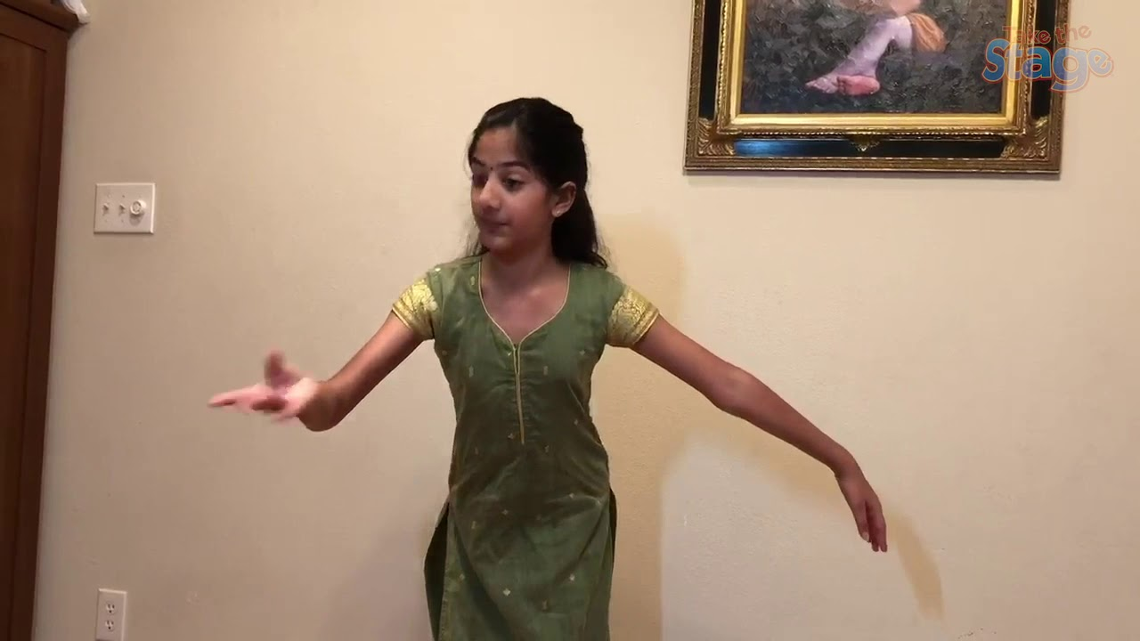 Kaavya tells a story through dance