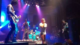Repeat youtube video Hollywood Undead - Levitate LIVE @ Newport 2015