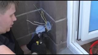 видео Проводка на лоджии - как своими руками провести электричество на лоджию