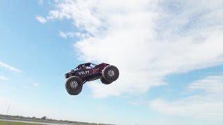 Axial Yeti XL 6s Bashing! High air jumps, water bashing, slowmotion, and broken parts!!