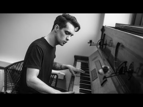 17 minutes of Brendon Urie's Best Live Vocals - if you can handle it!