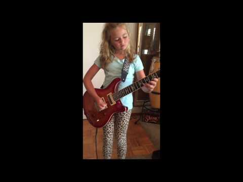 10 Year Old Plays AC/DC - Thunderstruck Cover By Little Girl Guitarist