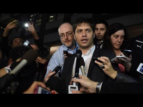 Argentina Fights Off Second Default in 13 Years