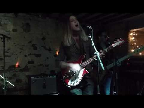 Isaac Gracie - Running - Live @ Shipping Forecast Liverpool - October 2017