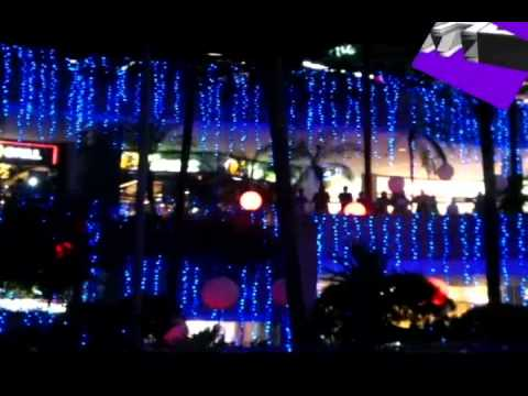 Pinoy Christmas Tunes at TriNoma Mall's Merry Musical Lights Show 2013