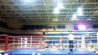 Боксировал с поломанной рукой. ЧУ 2 бой Александр Абрамян-Боришполец Андрей  г.Мариуполь