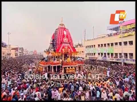 Goddess Subhadra Ratha Pulling to Gundicha Temple - Puri Rath Yatra 2017 Live