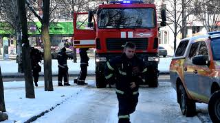 Рятувальники ліквідували пожежу в складському приміщенні
