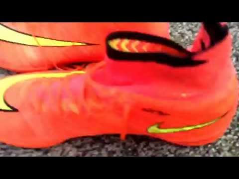 AMAZING SUPERFLYS AND INDOOR SUPERFLYS RED FG WITH GOLD N BLACK SWOOSH