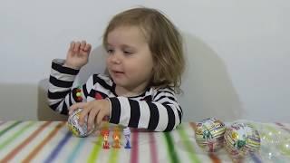 Фиксики Чупа Чупс шары с сюрприз открываем игрушки Fixiki Chupa Chups surprise balls toys