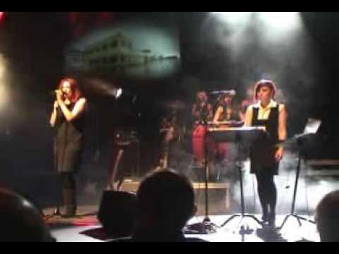 Sophie Rimheden feat. Annikafiore - I'm On Fire (live)