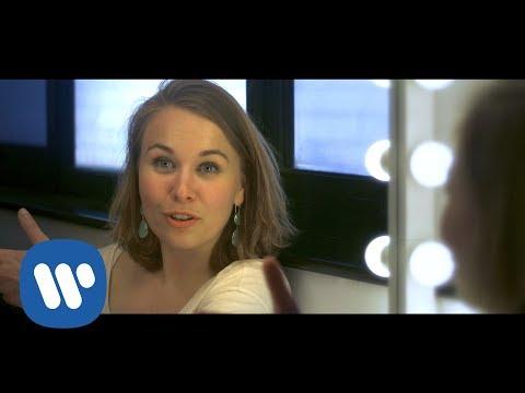 Elsa Dreisig records her debut album 'Miroirs'