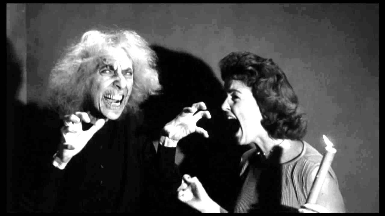 Attractive House On Haunted Hill, William Castle, 1959: Creepy Old Lady