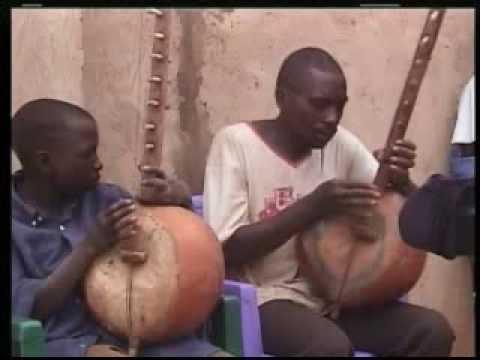 Africa - Tanzania traditional instruments - Zeze