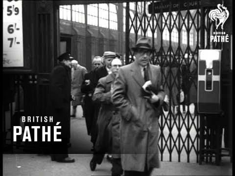 Crowds At Railway Station (1950-1959)