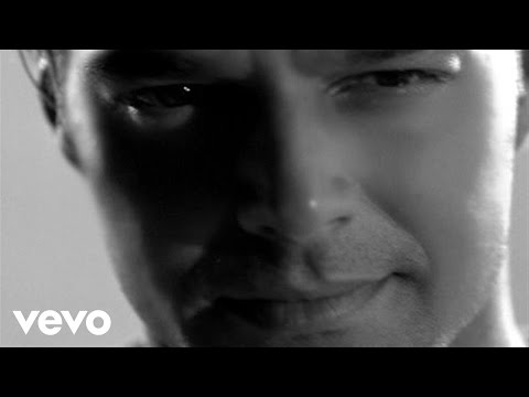 Ricky Martin - Juramento (Official Music Video)