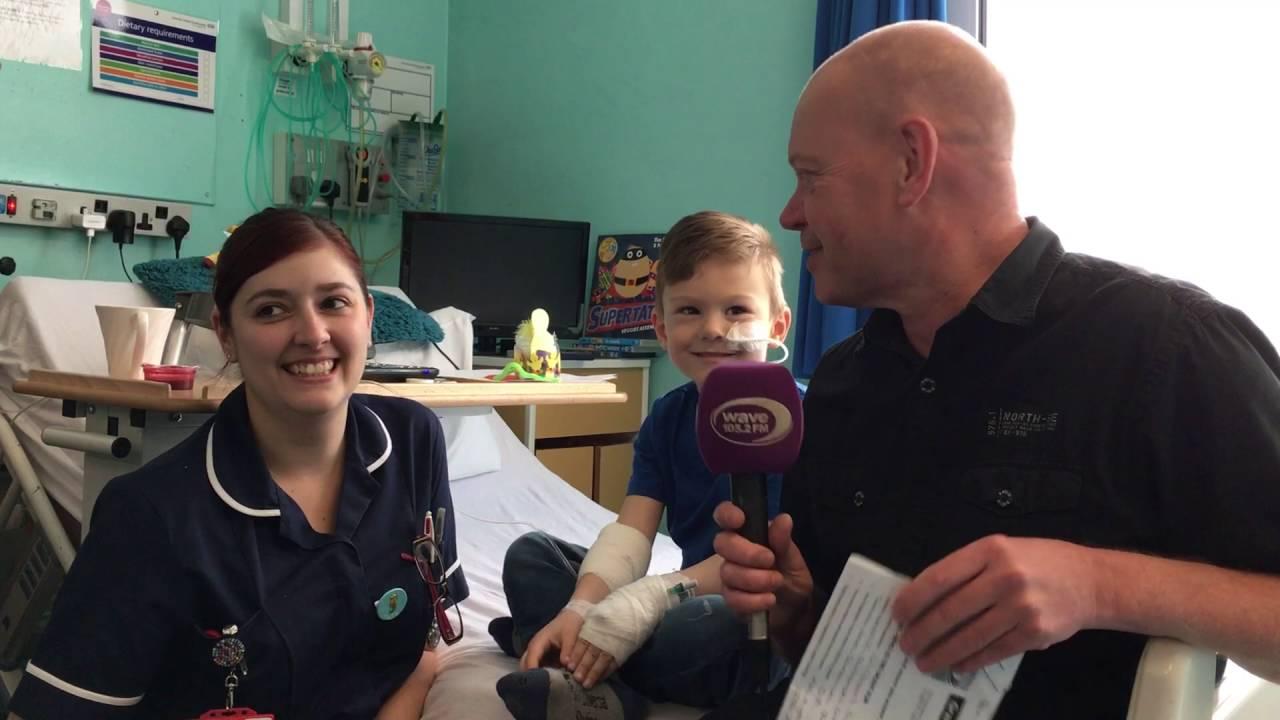 Southampton Children's Hospital Ward G3 Get their Wave 105 ...