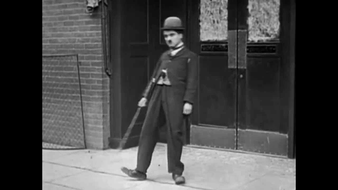 Charlie Chaplin - A night In A Show (Laurel & Hardy)