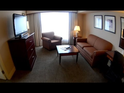 Hilton Vancouver Airport Mini Suite Tour