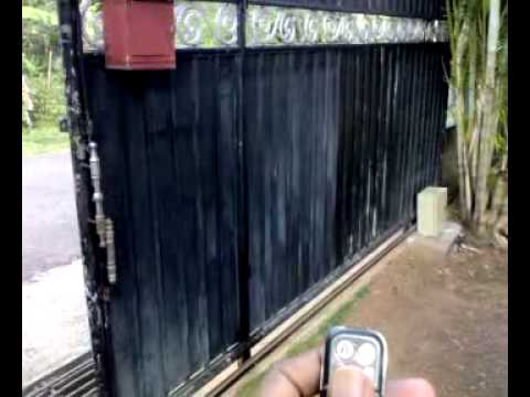 Low Cost Remote Control Auto Sliding Gate Mechanism Youtube