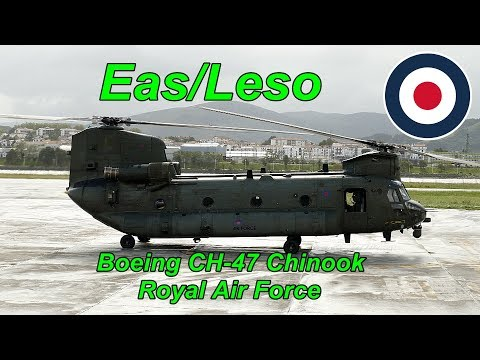 Boeing CH-47 Chinook Start-Tup en Leso. 4K.