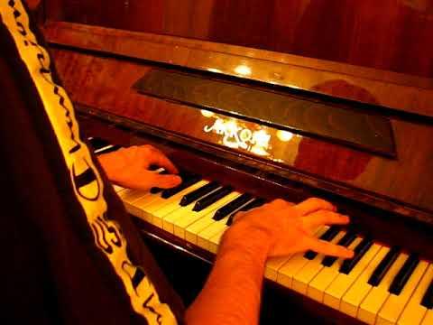 Реквием по мечте, фортепиано