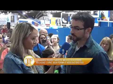 TV Fama 25/08/2014 - Padre Fábio Melo  'Sou Um Padre Comunicador'