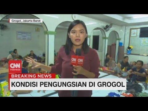Memantau Kondisi Pengungsian di Grogol