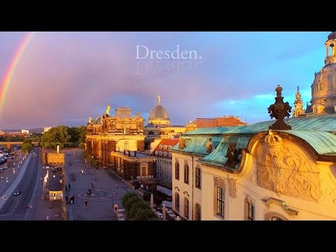 A Bird's-Eye View of Dresden, Germany / Dresden aus der Voge