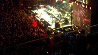 Die Toten Hosen - We Wish You A Merry Christmas (Live in Düsseldorf am 20.12.09)