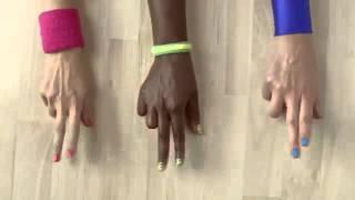 Publicité Loto -- Croisez les doigts, Aérobic