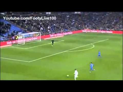 Jesé Rodriguez run Looks Like Cristiano Ronaldo   Real Madrid vs Olympic de Xativa, 18 12 13 360p