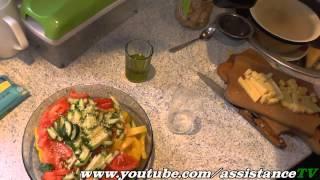 Легкий салат с оливковым маслом и кунжутом