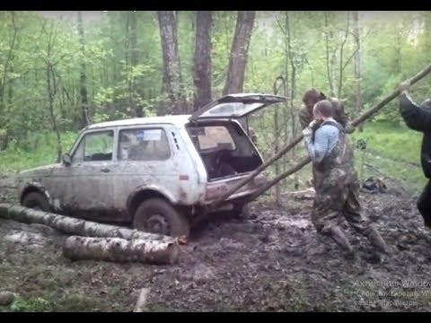 Extreme Off road Trucks 4x4 Mudding Deep in Siberia