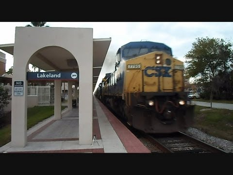 CSX Freight Train Passes Amtrak Station Lakeland Florida ...