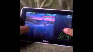 jogando o jogo skate party 2 no tablet Philco ph7h