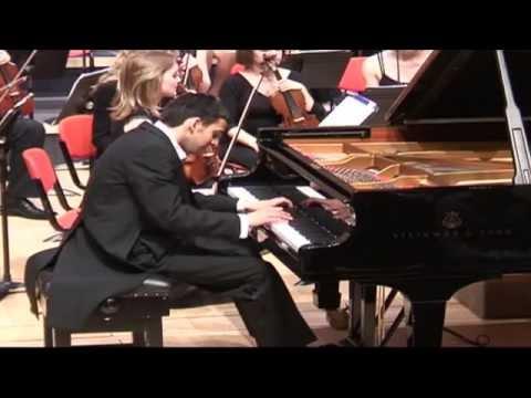 Chopin Piano Concerto No. 2 Op. 21 1st mvt :: Alexander Soares piano