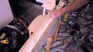 Как самому собрать шкаф купе  Видеоинструкция по установке(Видео показывает, как самому в домашних условиях изготовить и установить шкаф-купе из ЛДСП. Разметка стен..., 2013-12-17T12:23:12.000Z)