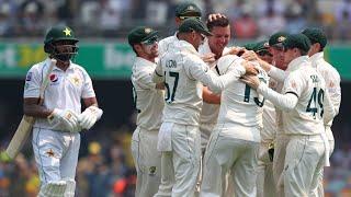Aussie quicks combine to rip through Pakistan top-order