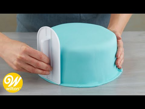 How To Cover A Round Cake With Fondant | Wilton
