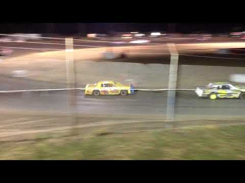 Superbowl Speedway Factory Stock Feature 10-21-17