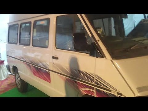 Tata Winger 2.2 Travelling Bus : Feature and Live Review (Hindi)