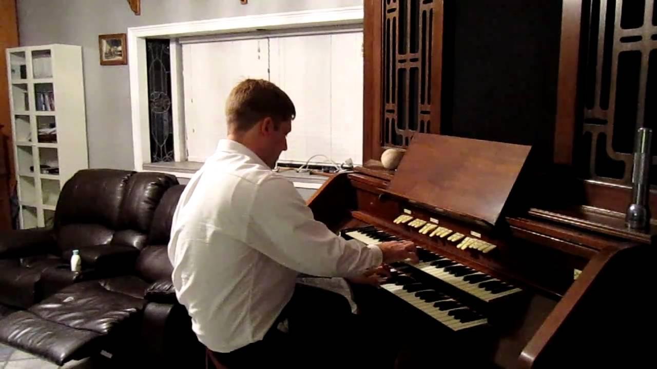 Wicks home organ 1939 vintage youtube for Classic house organ sound