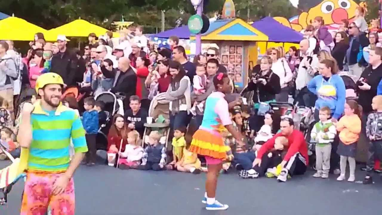 sesame place halloween parade 2013 youtube - Sesame Place Halloween