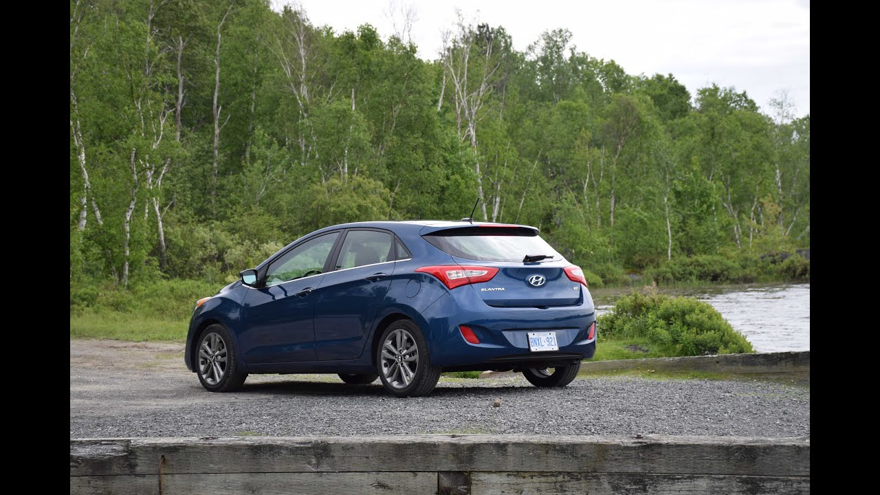 price and photos driver specs gt hyundai reviews car hatchback elantra