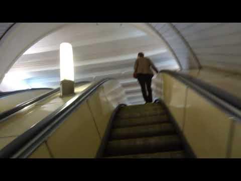Москва 374 станция метро Красные Ворота лето день