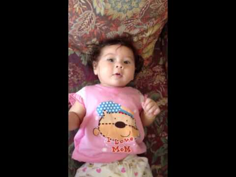 Little Dutch-Thai girl trying to talk... - เด็กหัดทำเสียงตด