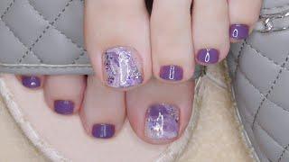Педикюр обычным лаком Натуральные текстуры разводы на ногтях